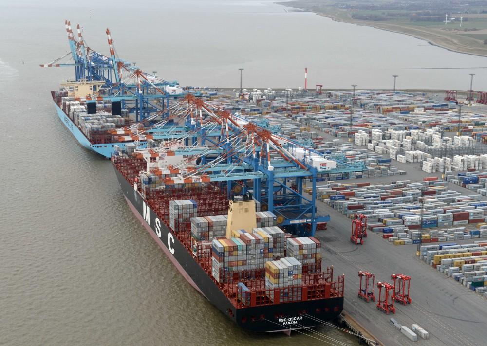 Eurogate  M2 Allianz Maersk- MSC NTB Gate MSC Oscar  und Mayview Maersk